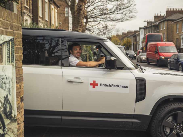 RUGBY LEGEND BRYAN HABANA AND LAND ROVER SUPPORT RED CROSS IN CORONAVIRUS PANDEMIC