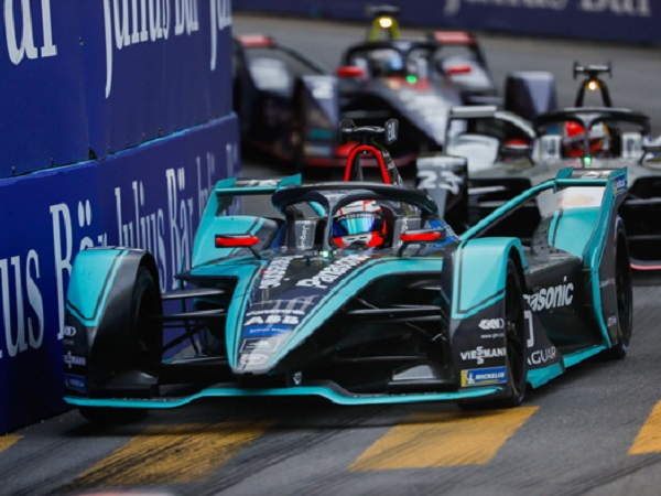 Panasonic Jaguar Racing and I-PACE eTROPHY teams raring to go for New York's title deciders