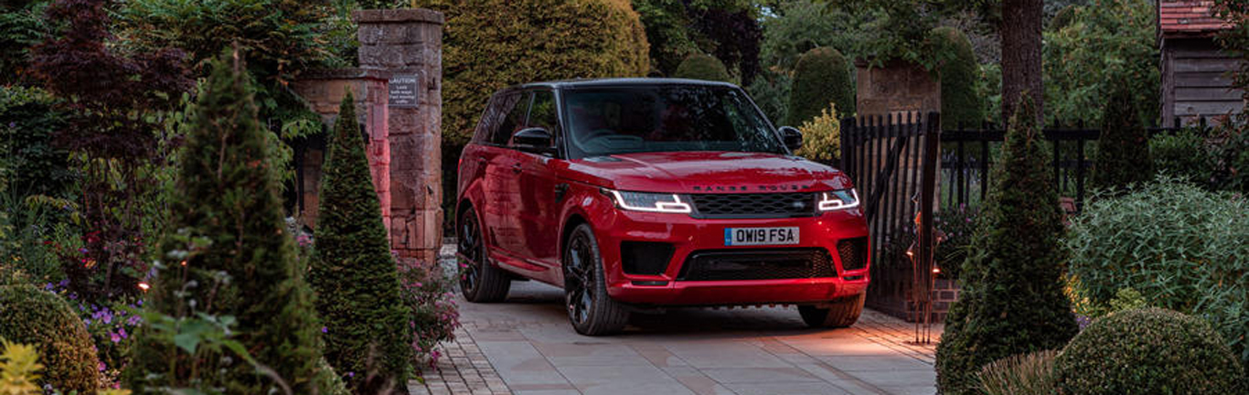 Journalists give their first impressions of the Range Rover Sport HST