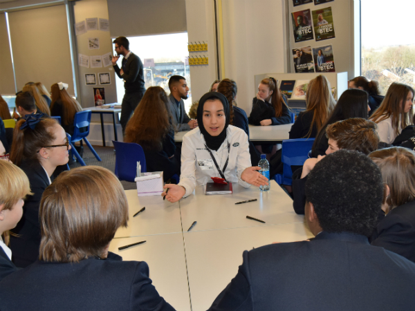 Speed dating success in Halewood