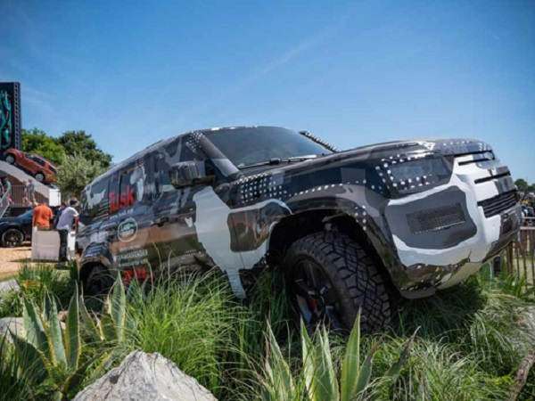 Fans take the chance to see the new Defender up close at Goodwood