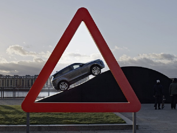 Land Rover recreates classic road signs with the new Evoque