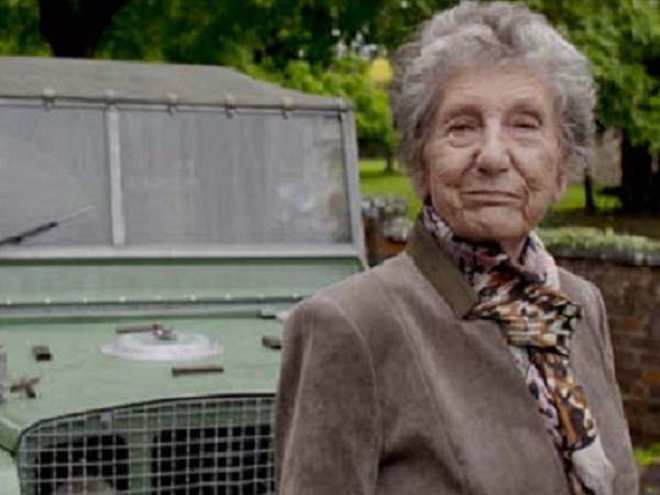 Former colleague Dorothy Peters receives an emotional Land Rover reunion