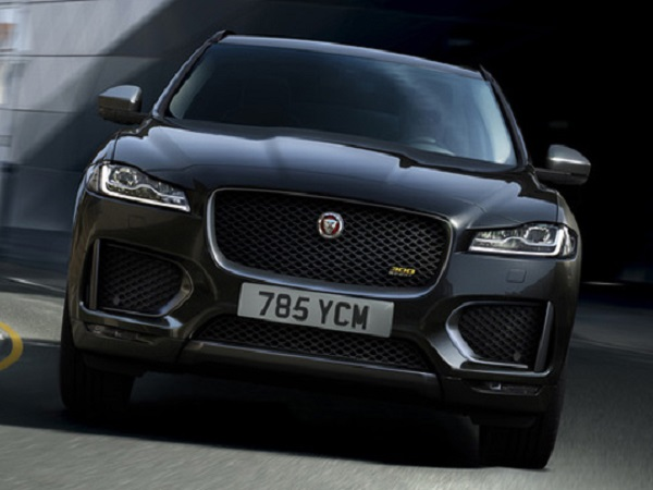 300 Sport and Chequered Flag special edition models join the award-winning F-PACE range