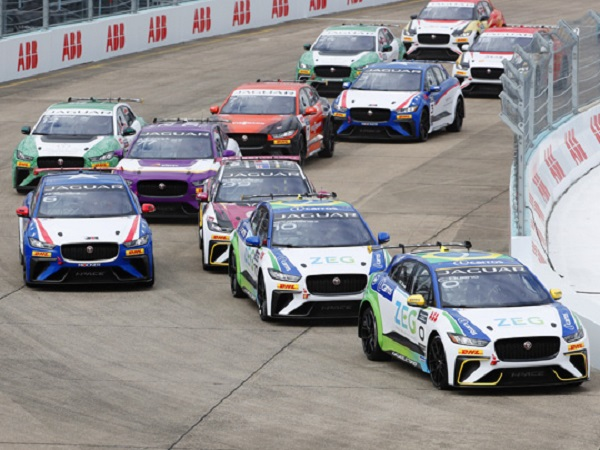 Jaguar I-PACE eTROPHY title chase goes to the final race weekend in New York