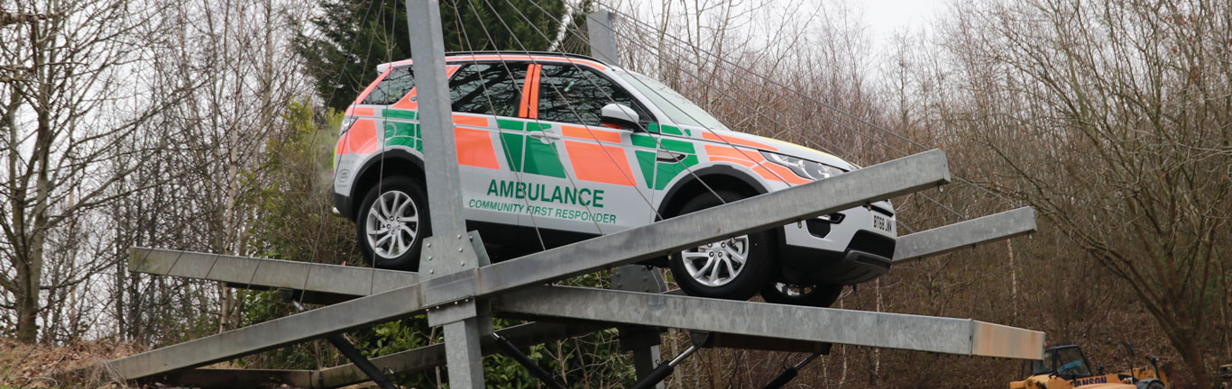 Discovery Sport's fast response to support first-aid charity