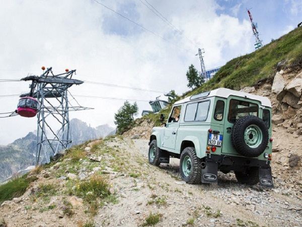 Italy's Jaguar Land Rover Summer Tour celebrates the history of the Defender