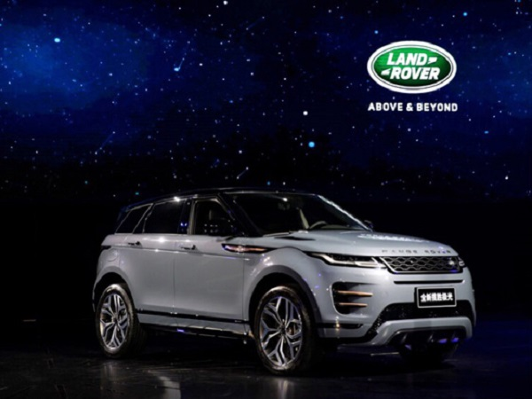 Jaguar Land Rover SUVs dominate Hong Kong auto show