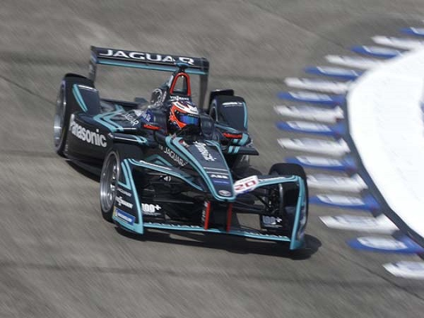 A return to points scoring form for Panasonic Jaguar Racing in Berlin