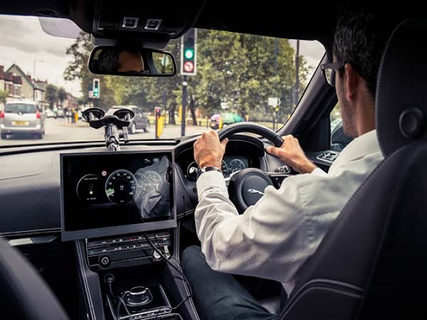 Jaguar Land Rover ensures drivers continue to get a green light