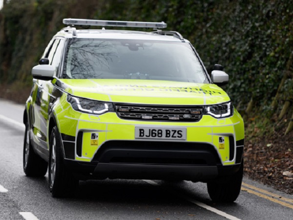 Land Rover Discovery now on patrol with Highways England