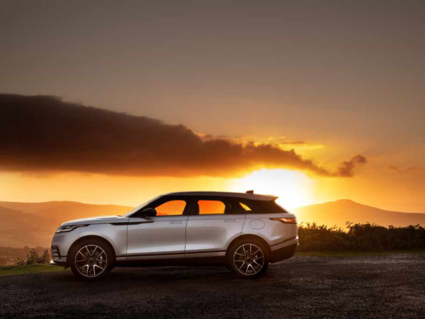 RANGE ROVER VELAR ELECTRIFIES WITH PLUG-IN HYBRID AND STATE-OF-THE-ART INFOTAINMENT