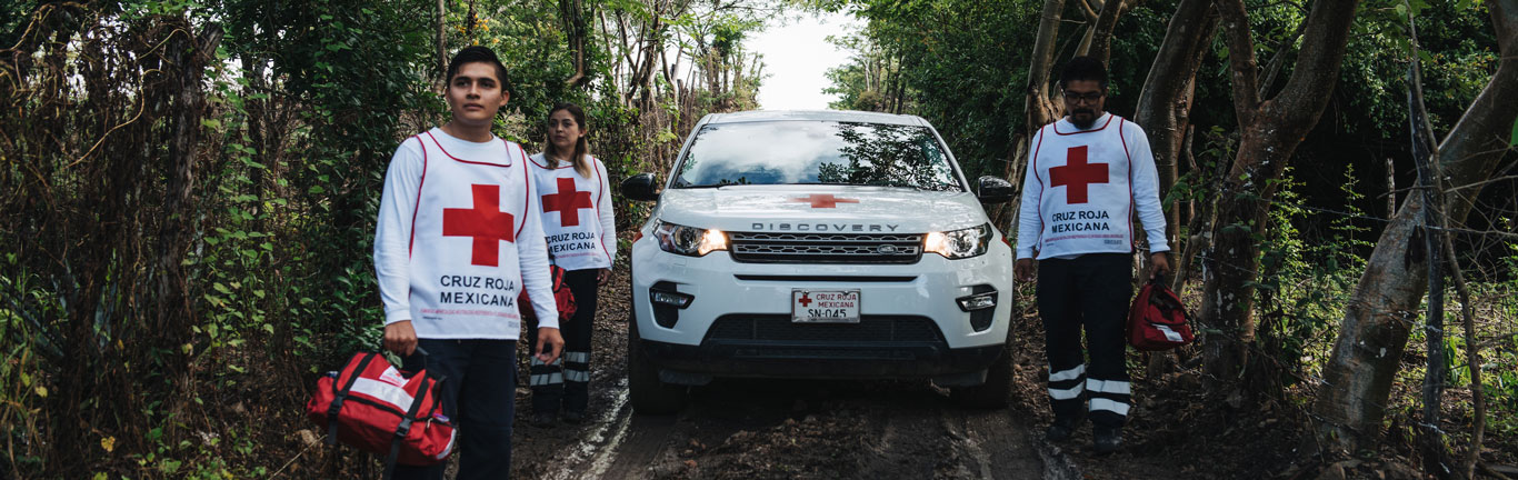 Land Rover and the Red Cross prepare Mexican communities for natural disasters