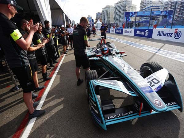 Strong finish for Panasonic Jaguar Racing after a weekend of trials and tribulations in Uruguay