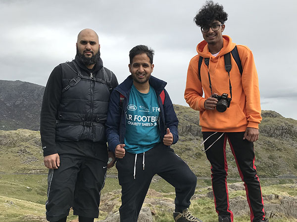 Ain't no mountain high enough - Jabar Sadiq takes on Snowdon in memory of his lifelong friend