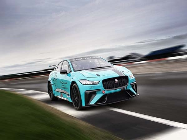 Jaguar I Pace Etrophy Race Series To Start In Saudi Arabia