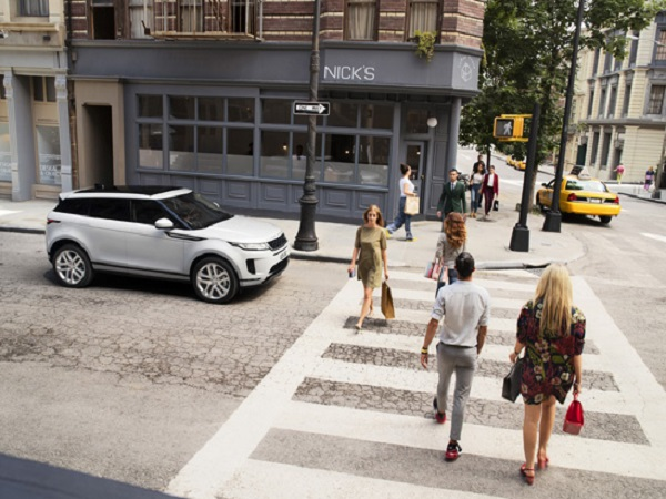 Getting American people living for their city with the new Range Rover Evoque