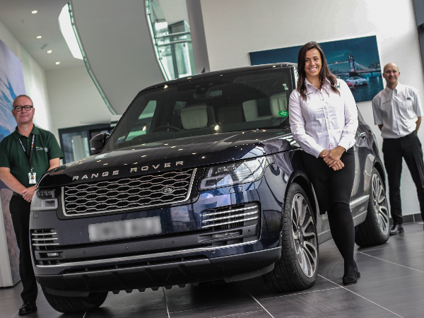 SOLIHULL EMPLOYEES CELEBRATE 50 YEARS OF RANGE ROVER WITH £50K CHARITY DONATIONS