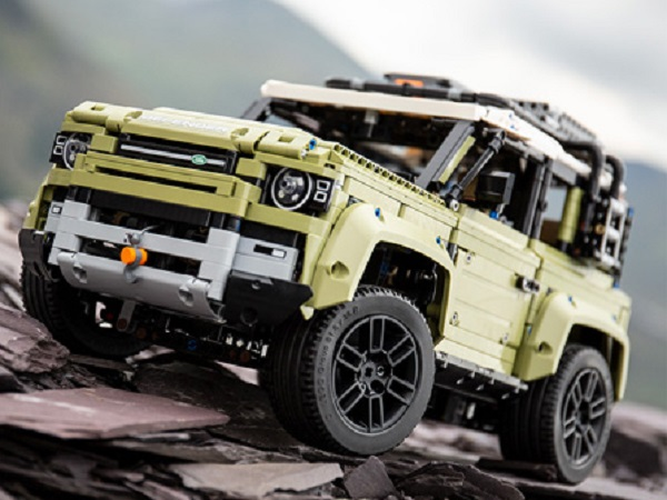 Build your own Land Rover Defender with Lego Technic